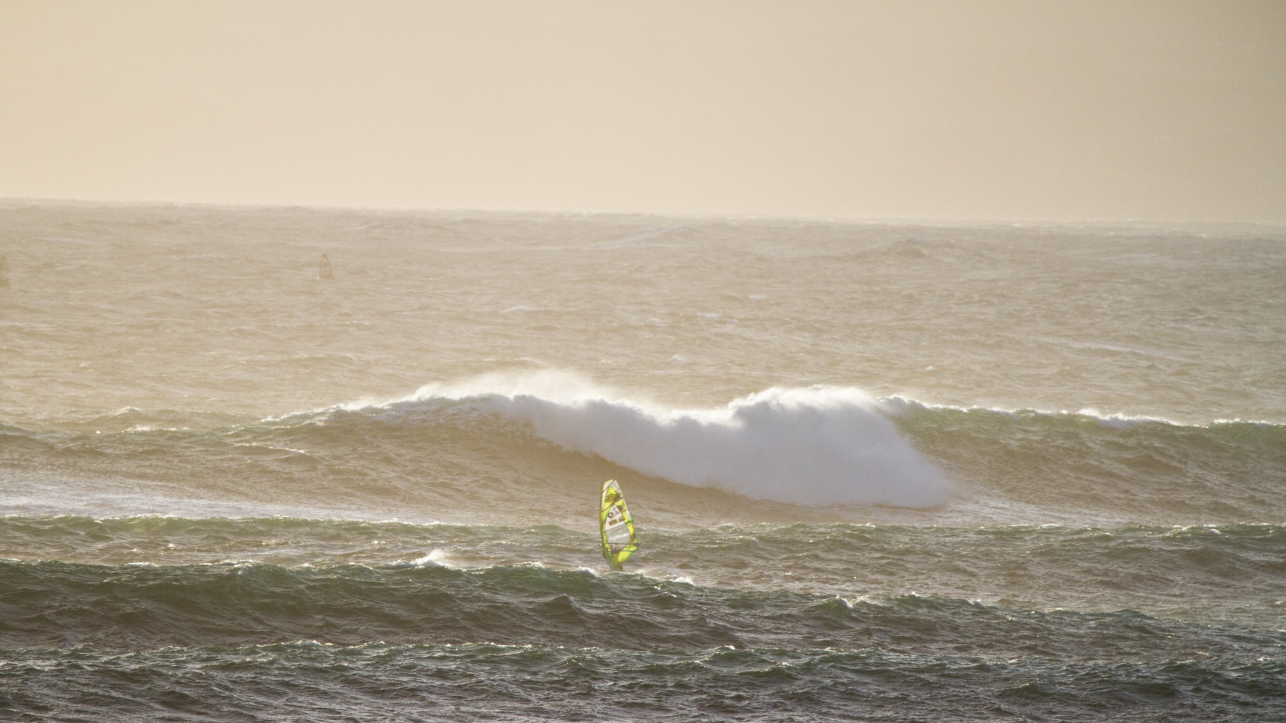 alastair mcleod windsurfing right point at cat bay on phillip island