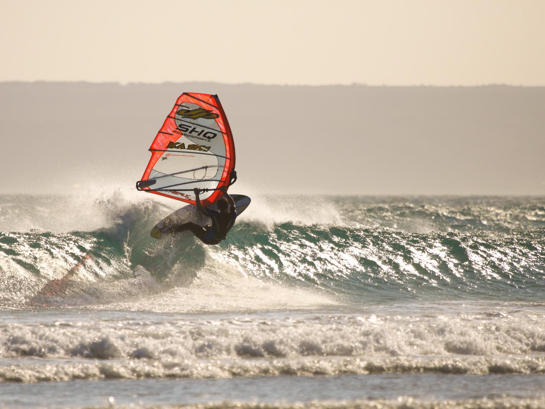 alastair mcleod windsurfing long arms at sandy point