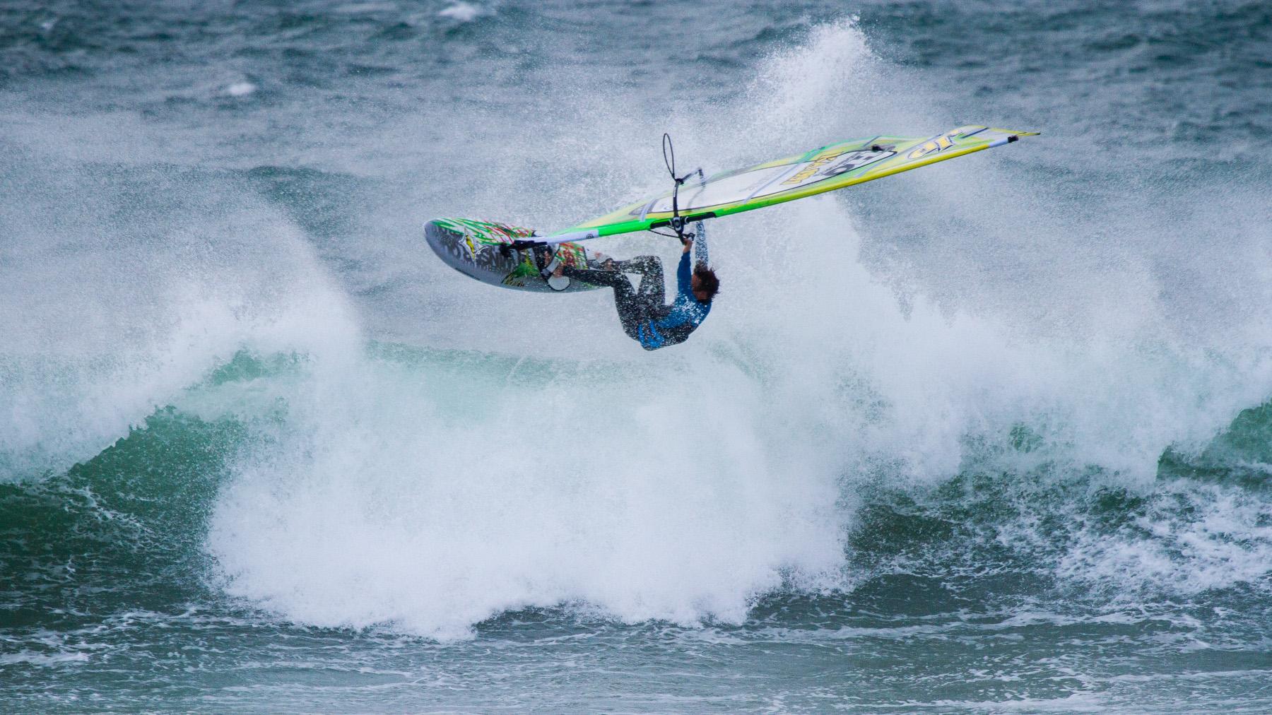 alastair mcleod windsurfing waratah bay victoria