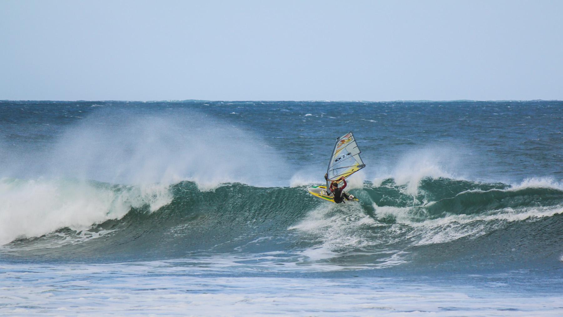 alastair mcleod windsurfing 13th beach poo point