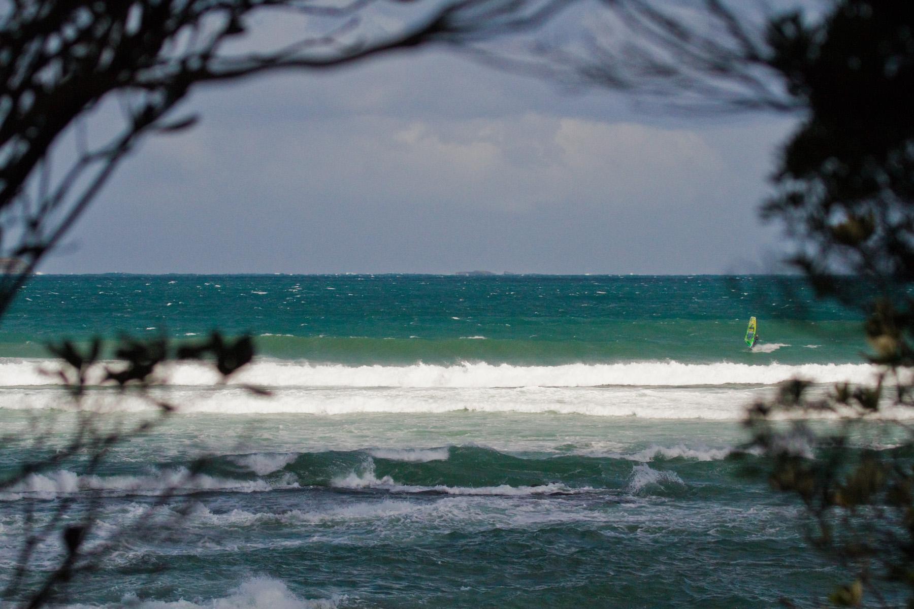 point leo suicide point windsurfing victoria