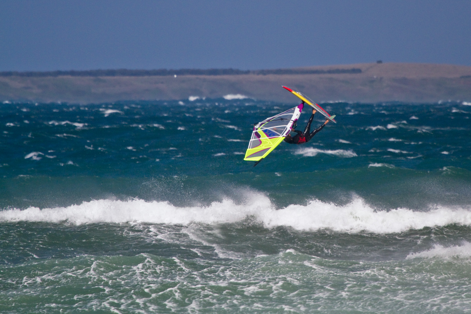 windsurfing at point leo suicide